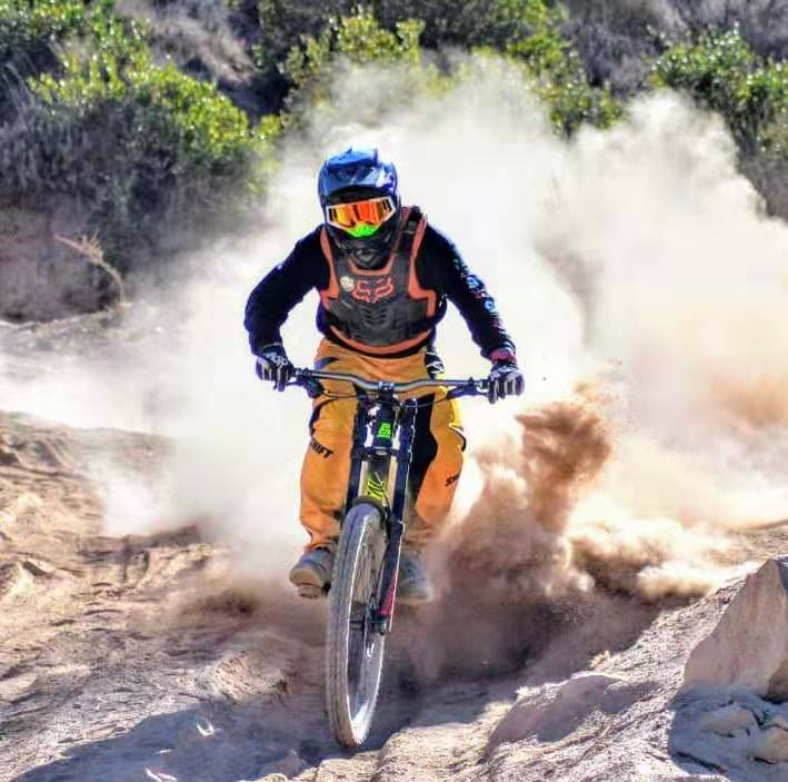 Enjoy burning off your fat--cycling sport